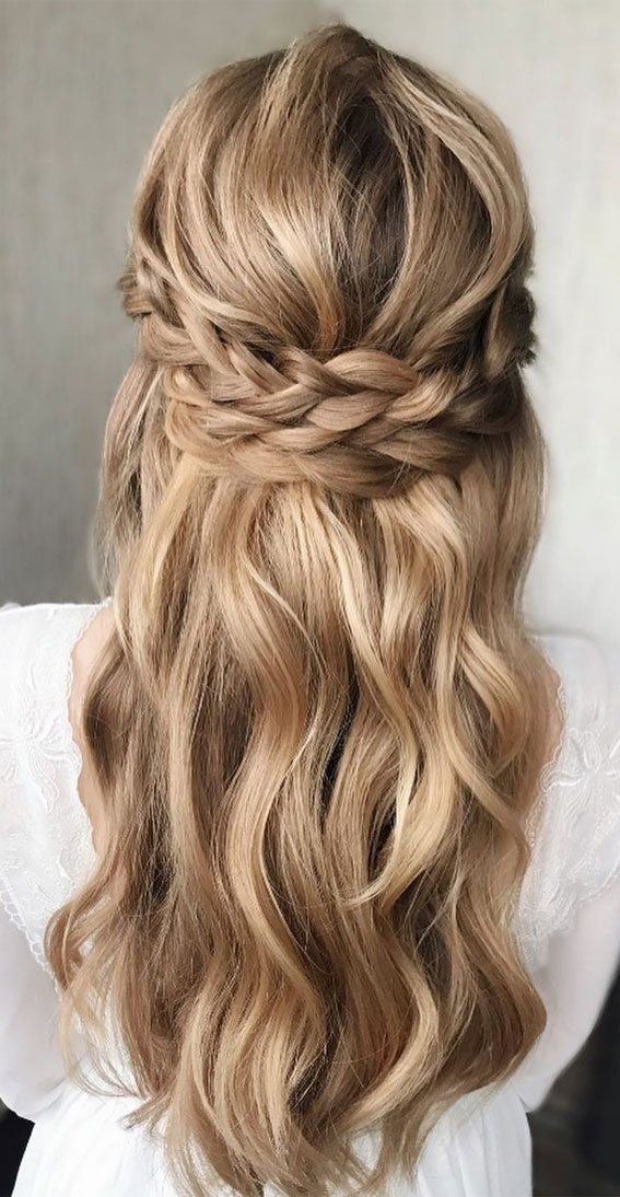 33 Romantic Half Up Half Down Hairstyles Braids Half Up Style