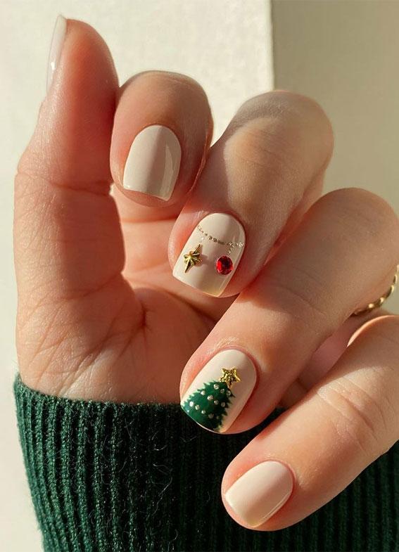 Pretty Festive Nail Colours & Designs 2020 : Christmas tree nails