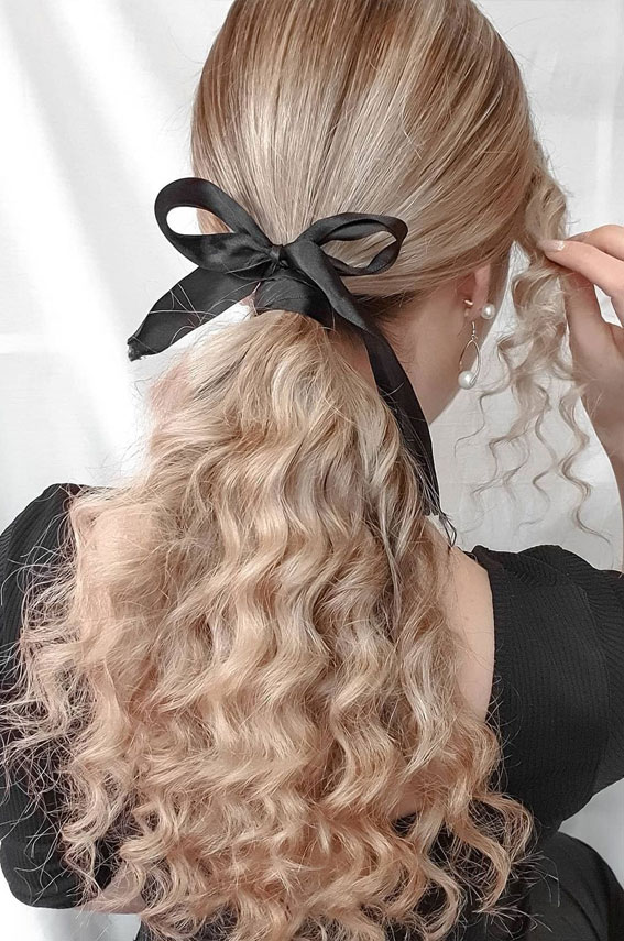 High And Low Ponytails For Any Occasion : Simple Pony With Black Bow