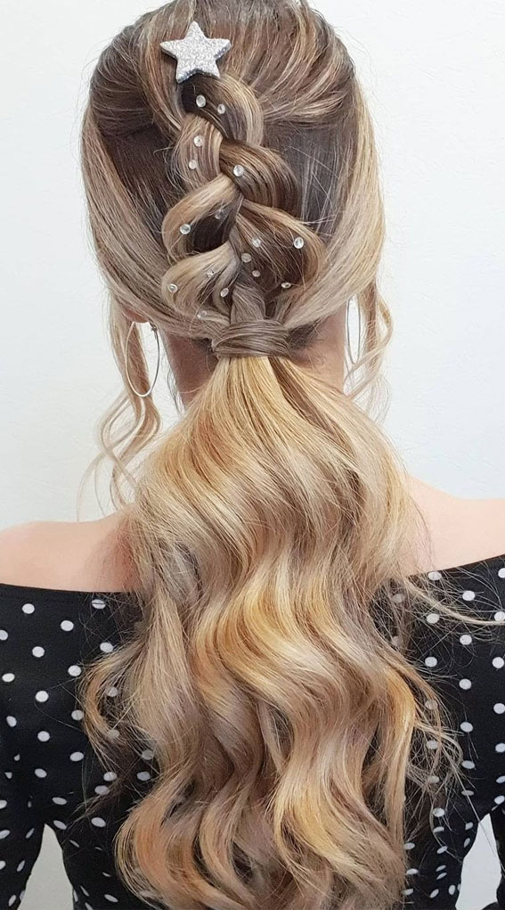 High and Low Ponytails For Any Occasion : New Year's Eve Hairstyle