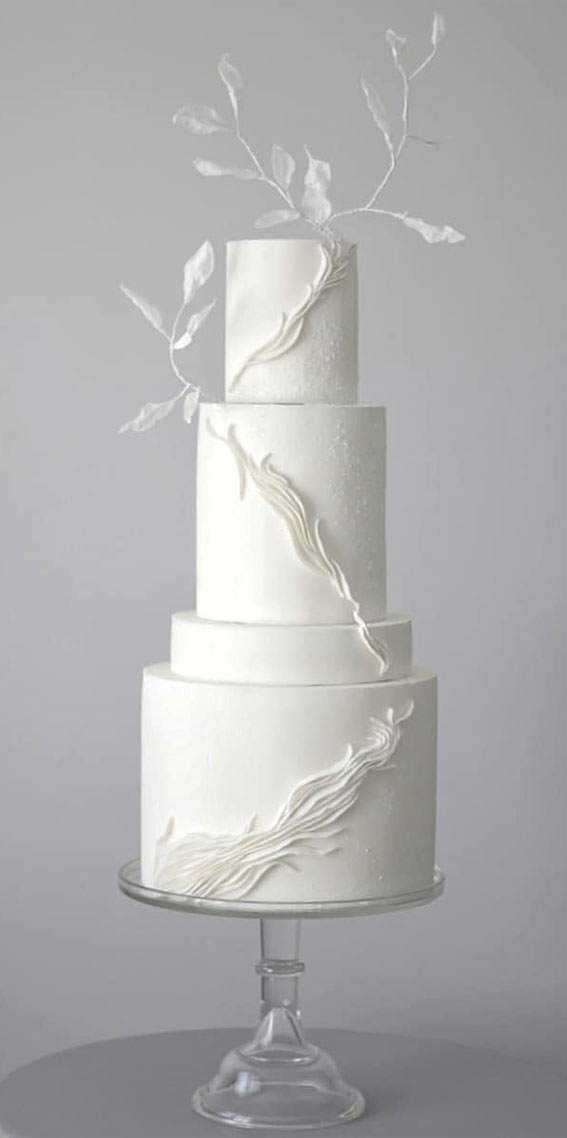 41 Best Wedding Cake Styles For Your Big Day : Delicate white wedding cake