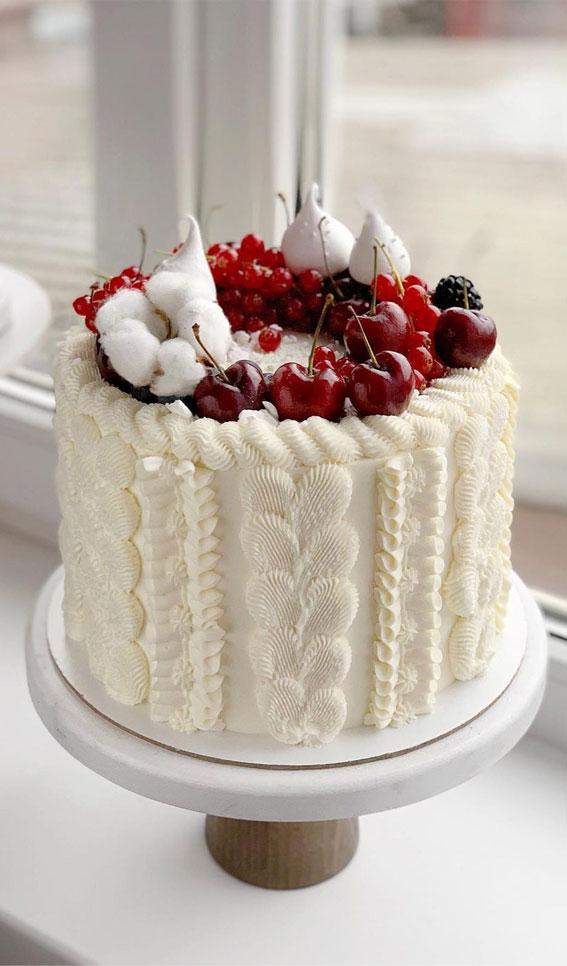 Winter Cake Ideas Must Try This Winter Season : White Sweater Cake