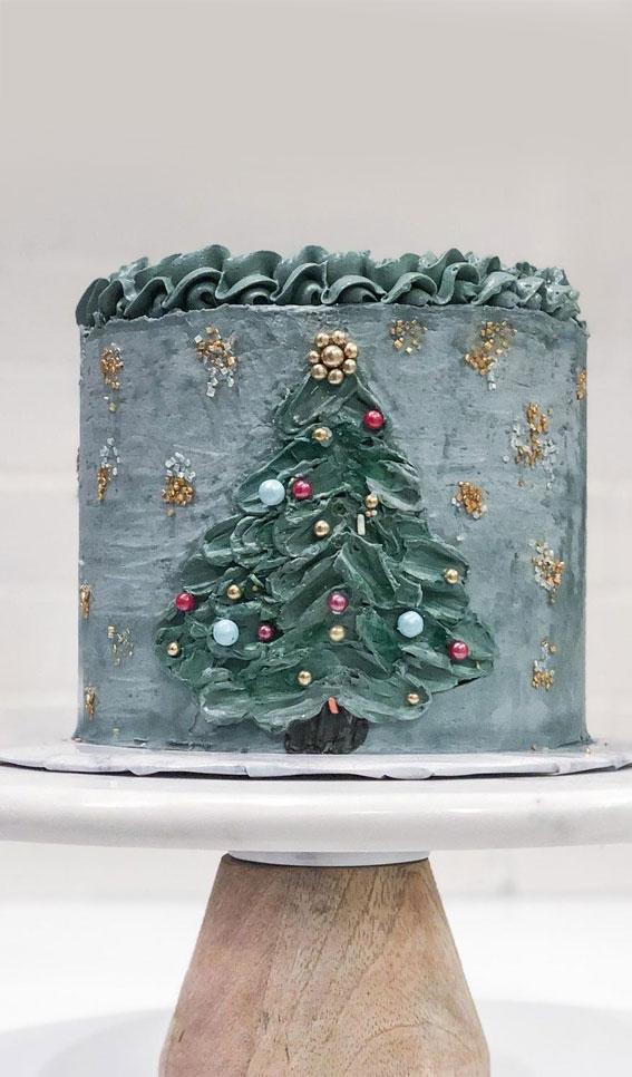 Winter Cake Ideas Must Try This Winter Season : Swiss Meringue Chrismas Tree