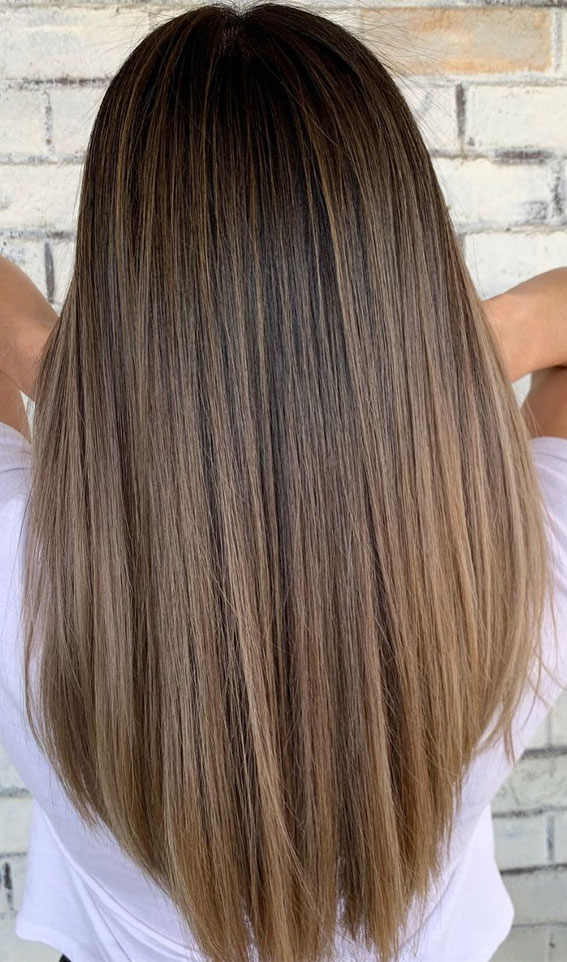 brown hair, winter hair color, honey highlights, brunette with honey highlights, brown hair with highlights, brown hair color ideas #brownhair #haircolorideas hair color ideas 2020