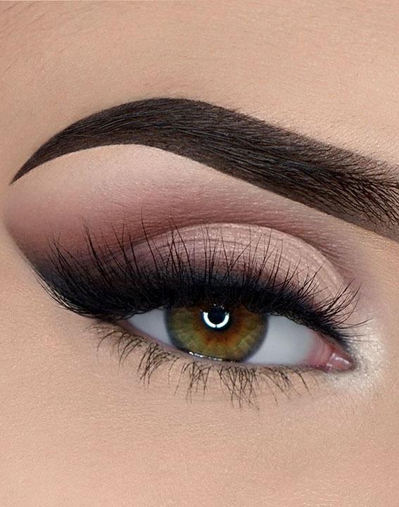 Best Eye Makeup Looks For 2021 Smokey