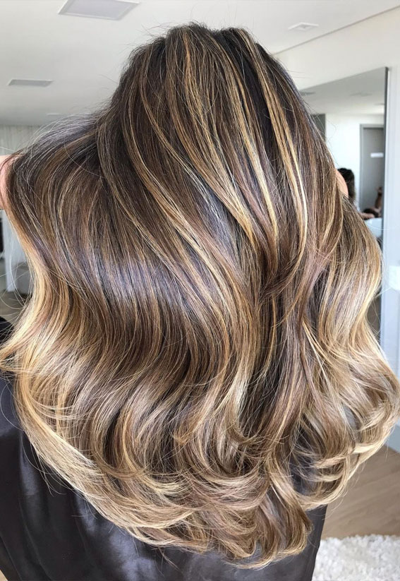 Best Hair Colour Ideas & Styles To Try in 2021 : Brown with golden highlights