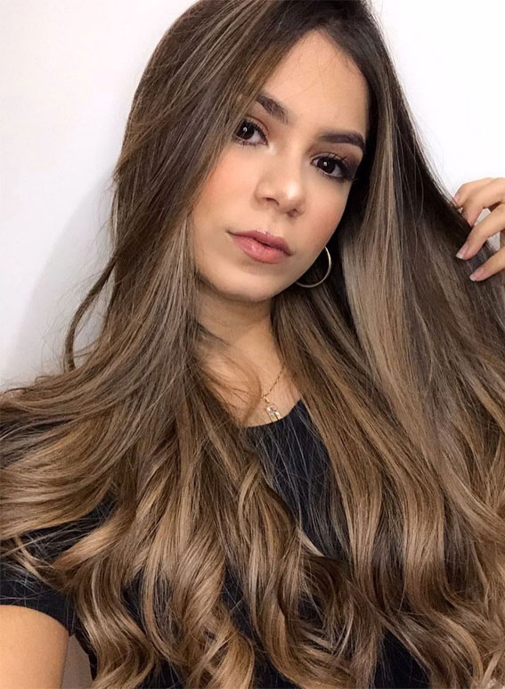 Gorgeous Hair Colour Trends For 2021 : Light brown beauty