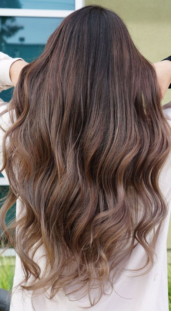 Best Hair Colour Ideas & Styles To Try in 2021 : Pretty balayage on long wavy