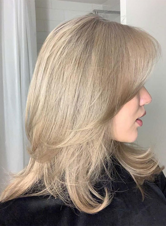 Cute Haircuts And Hairstyles With Bangs : Ashy beige blonde