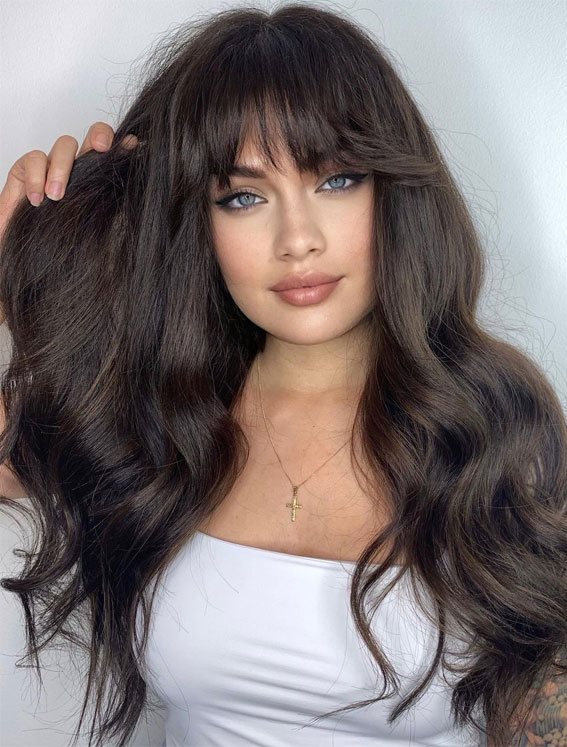 Cute Haircuts And Hairstyles With Bangs : Long natural looking hair with bangs