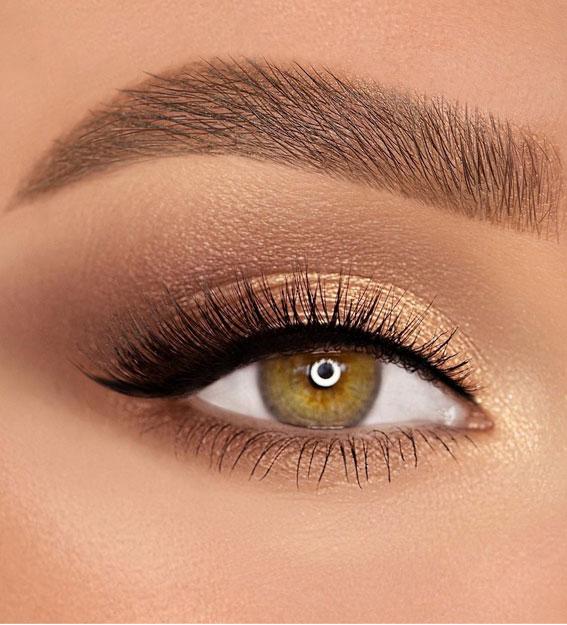 Best Eye Makeup Looks For 2021 : Bronze Gold Tone Makeup Look