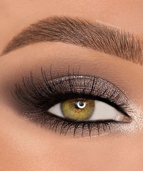 Best Eye Makeup Looks For 2021 : Shimmery smokey Makeup Look