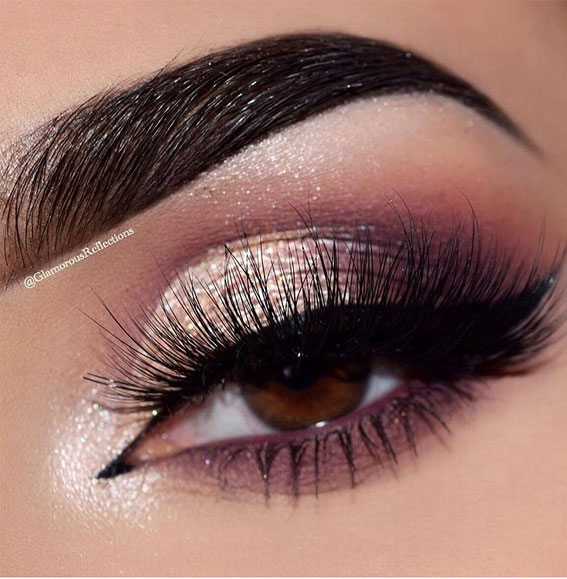 Best Eye Makeup Looks For 2021 : Shimmery Berry Tone Makeup Look