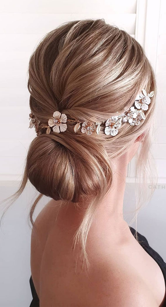 Updo Hairstyles For Your Stylish Looks In 2021 : Elegant Hairdo with Hair Vine Daisy