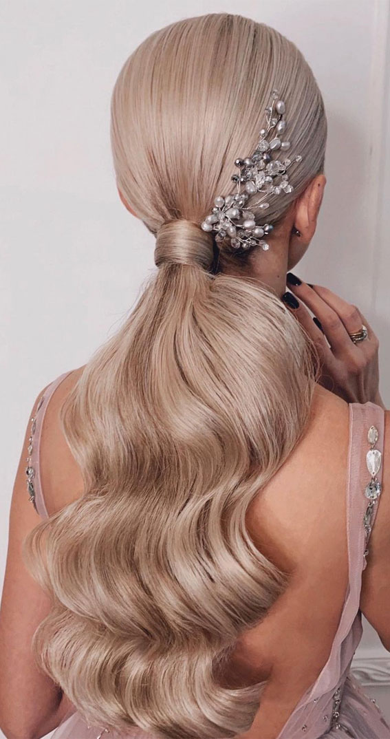 High And Low Ponytails For Any Occasion : Glam ponytail