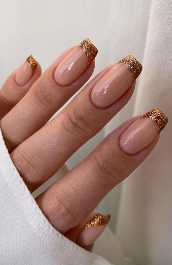 Cute Spring Nails That Will Never Go Out Of Style : Glitter French Tips