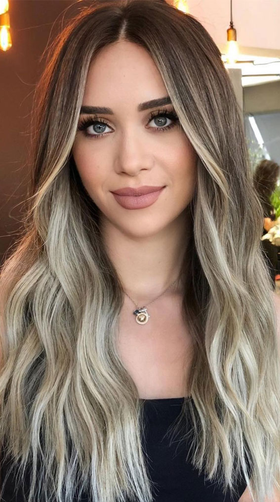 brown hair, caramel hair color, hair color trends, hair color for brunettes , fall hair color ideas, hair color ideas #haircolor #haircolorideas