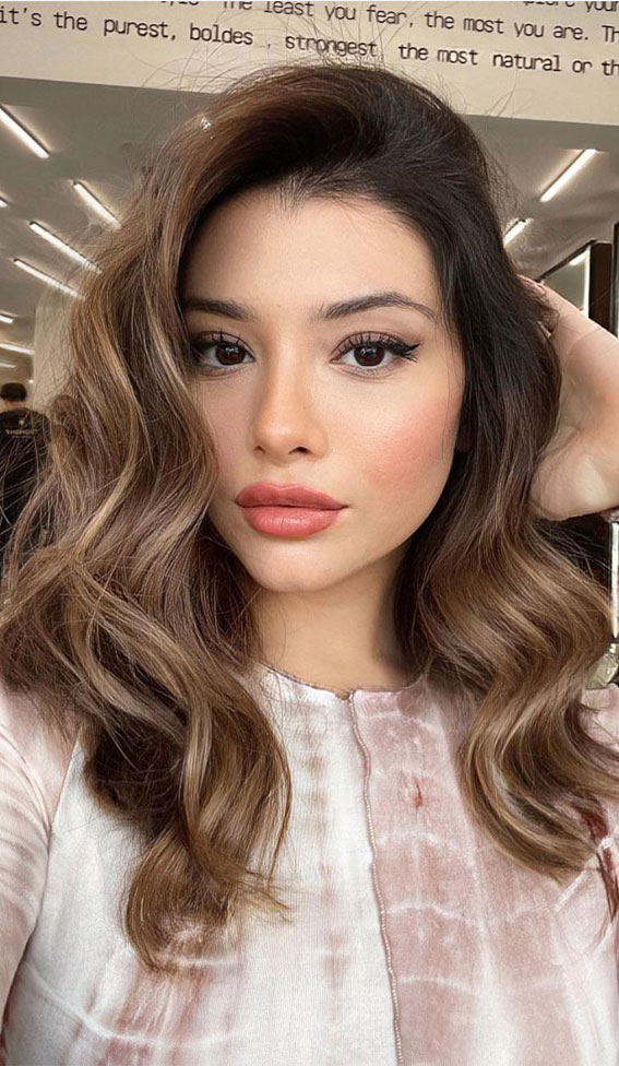 brown hair, caramel hair color, hair color trends, hair color for brunettes , fall hair color ideas, hair color ideas #haircolor #haircolorideas