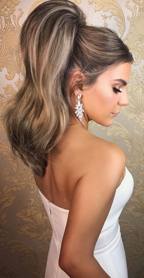 High And Low Ponytails For Any Occasion : Uber High Power Ponytail