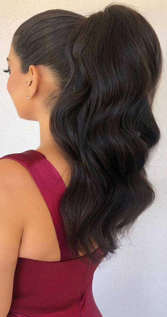 High And Low Ponytails For Any Occasion : high ponytail for dark hair