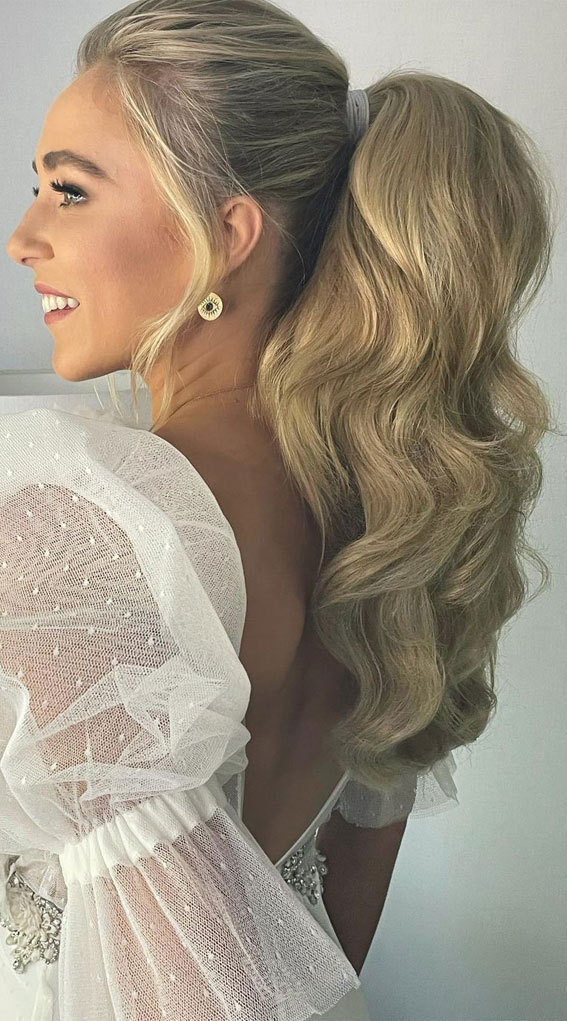 High And Low Ponytails For Any Occasion : Textured Bouncy Bridal Power Ponytail