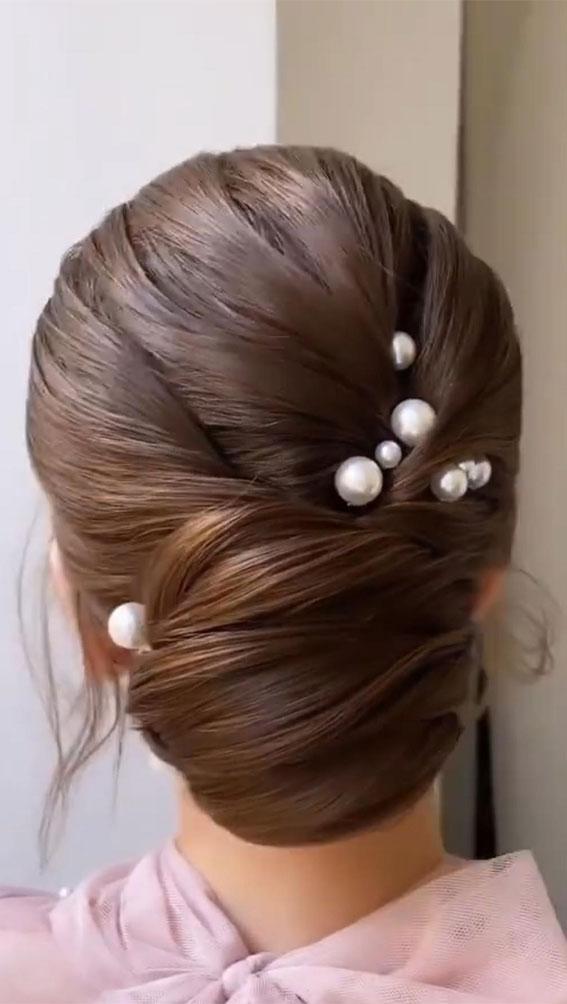 wedding updo, updo, bridal updo, updo hairstyles , updo hairstyle ideas 2021, updo trends, updo for medium hair length