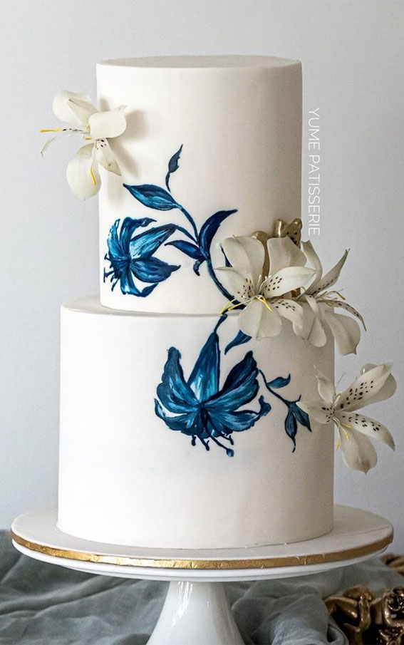 41 Best Wedding Cake Styles For Your Big Day : Handpainted blue floral wedding cake