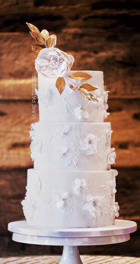 41 Best Wedding Cake Styles For Your Big Day : White and gold themed lace wedding cake