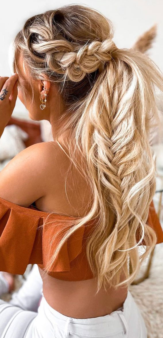 Cute braided hairstyles to rock this season : Braided Ponytail & Fishtail