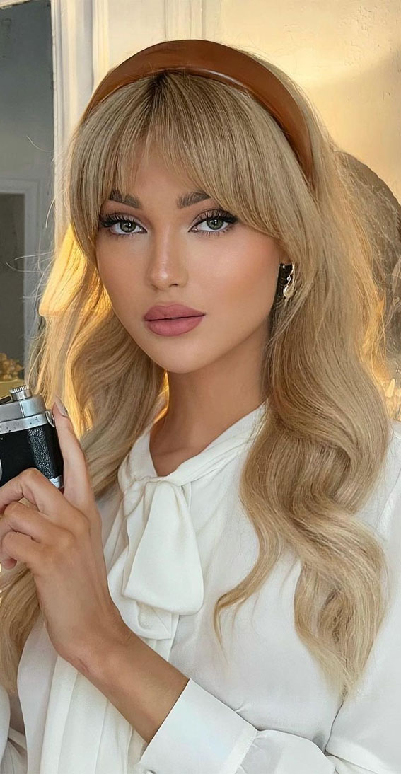 Trendy Hairstyles & Haircuts with Bangs – Cute Long Hairstyle with Curtain Bangs