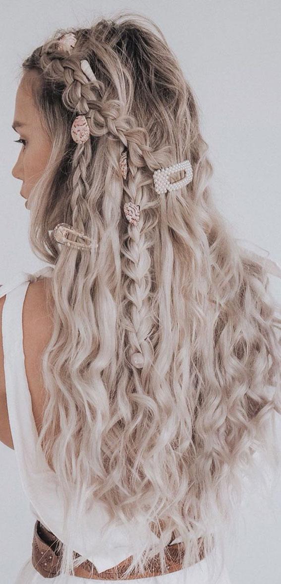 Cute braided hairstyles to rock this season : Mermaid style matches seashell hair clips