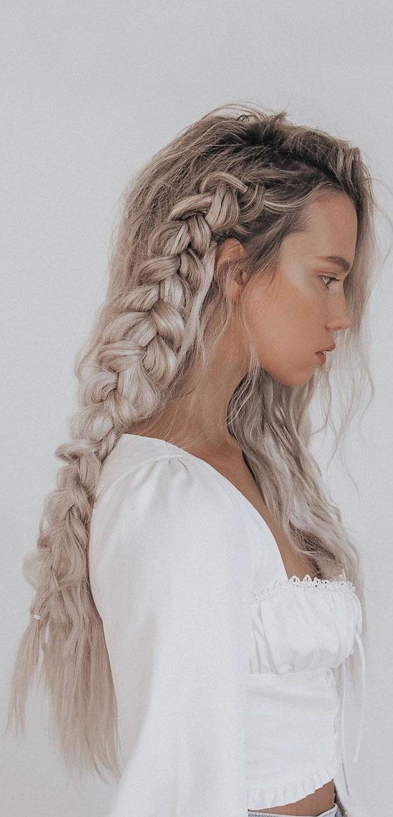 Cute braided hairstyles to rock this season : Side braid hair down