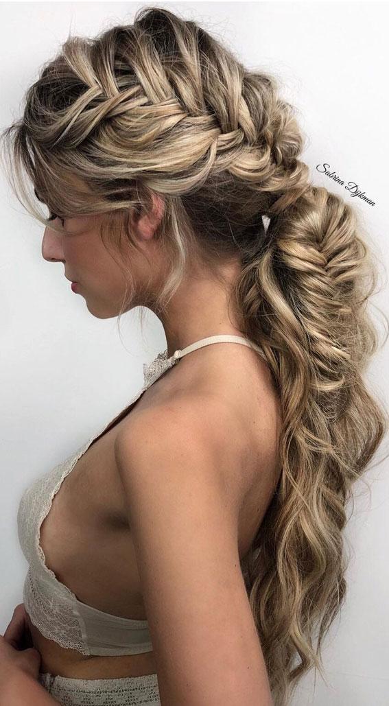 Cute braided hairstyles to rock this season : Loose Braid Pony Fishtail