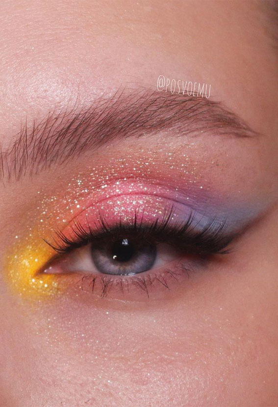Latest Eye Makeup Trends You Should Try In 2021 : Pastel popsicle