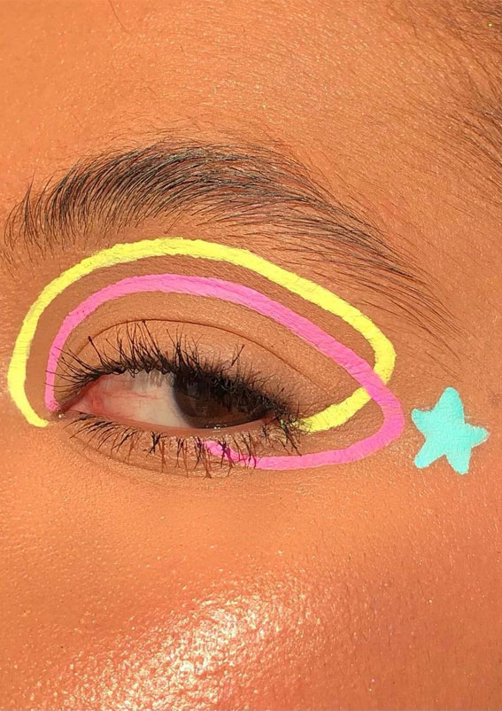 Latest Eye Makeup Trends You Should Try In 2021 : Cute Graphic Line & Star
