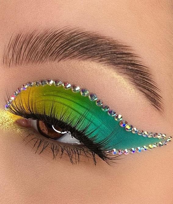 Creative Eye Makeup Art Ideas You Should Try : Ombre green & rhinestones