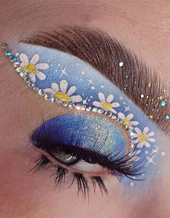 Creative Eye Makeup Art Ideas You Should Try :  Glitterally Obsessed Glitter & Daisy