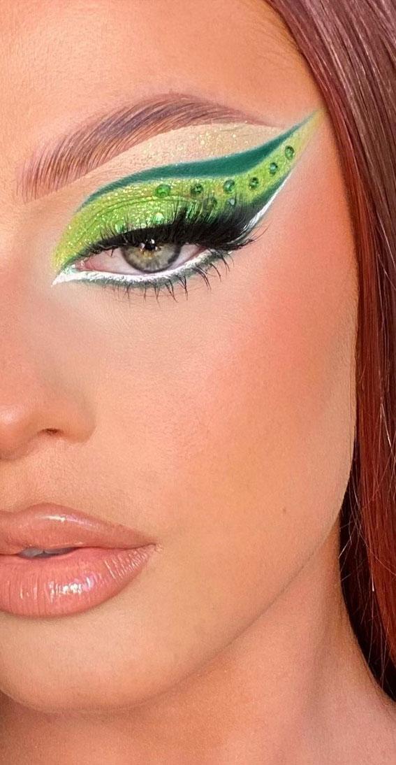 Creative Eye Makeup Art Ideas You Should Try : Neon Green Eye Makeup Art