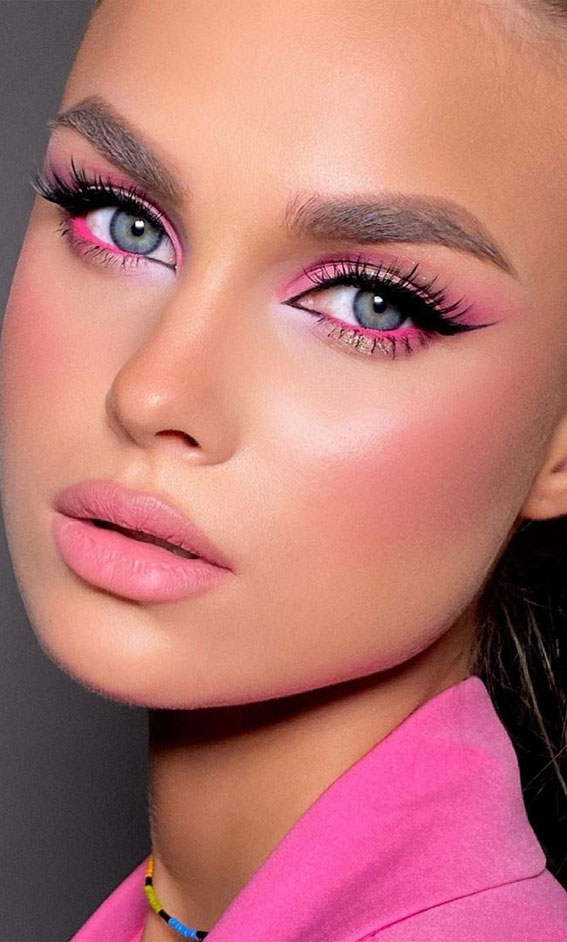 Creative Eye Makeup Art Ideas You Should Try : Pretty In Pink