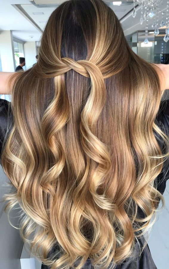 49 Gorgeous Blonde Highlights Ideas You Absolutely Have to Try : Cream Soda Beauty