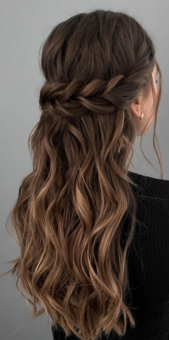 Half Up Half Down Hairstyles For Any Occasion : Simple, texture & loose half up