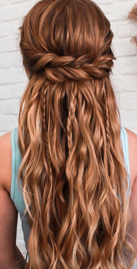 Half Up Half Down Hairstyles For Any Occasion : Texture with weaving elements
