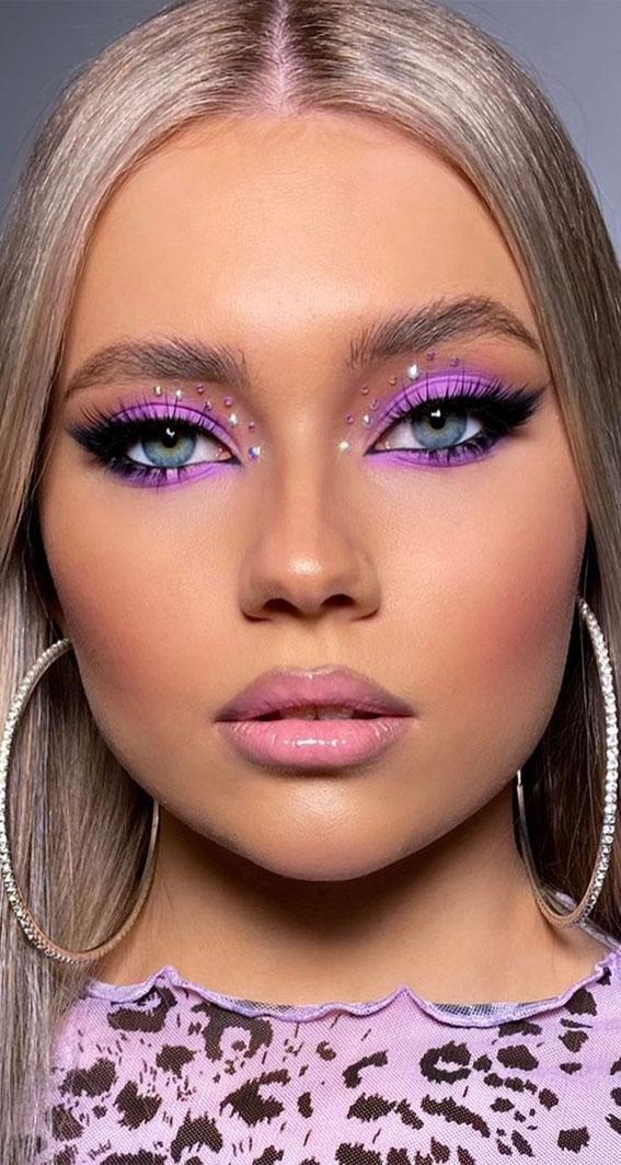 Creative Eye Makeup Art Ideas You Should Try : Pretty in Lavender Dawn