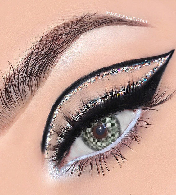 Creative Eye Makeup Art Ideas You Should Try : Beautiful Cut Crease, Glitter & Graphic Lines