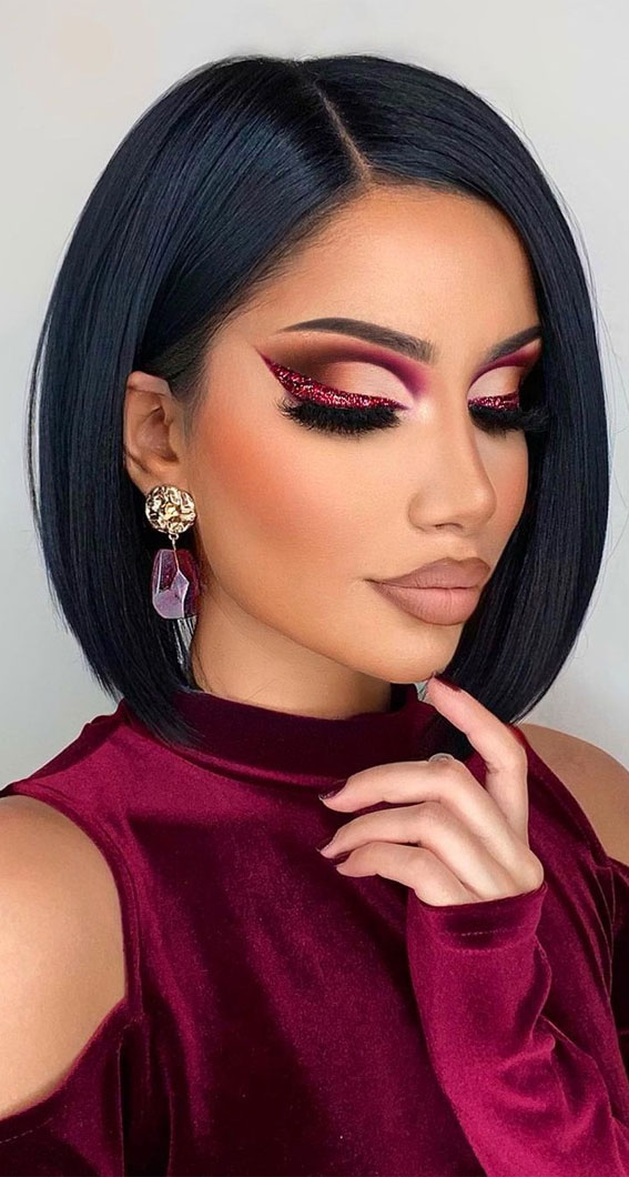 Creative Eye Makeup Art Ideas You Should Try : Berry Tone with Shimmery