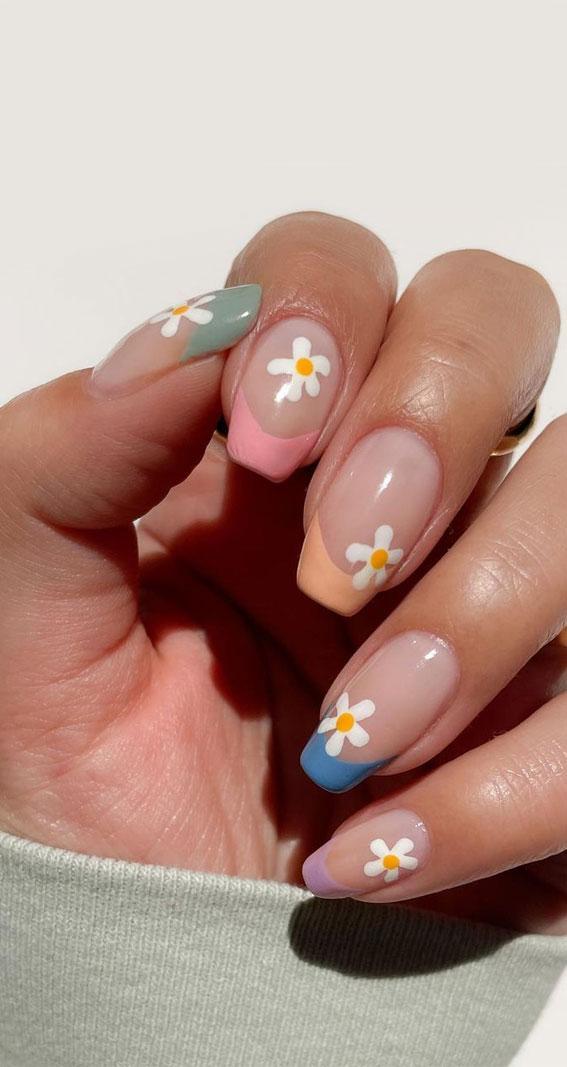 flower nails, cute summer nails, daisy neutral nails, simple summer nails, hand painted floral nails, nail art designs for summer #summernails #nailart2021 french tip nails, pastel french tip nails