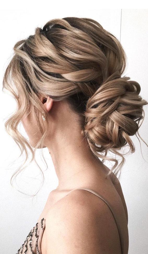 32 Classy, Pretty & Modern Messy Hair Looks : Pretty Messy Low Bun