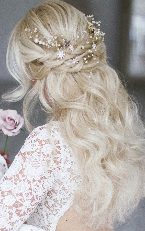 Half Up Half Down Hairstyles For Any Occasion : Dreamy, Boho Bridal Braid Half Up