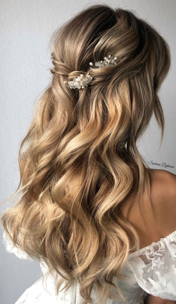 Half Up Half Down Hairstyles For Any Occasion : Cute & Simple Bridal Half Up