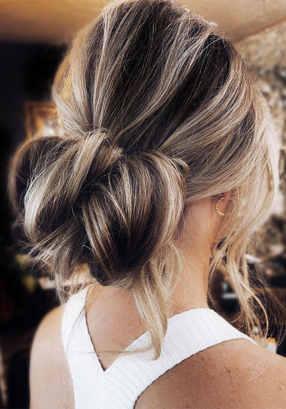 32 Classy, Pretty & Modern Messy Hair Looks : Simple textured bridal low bun